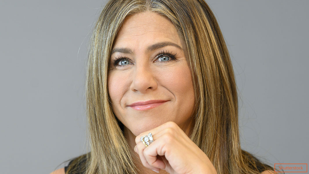 Jennifer Aniston Guinness World Records Instagram
